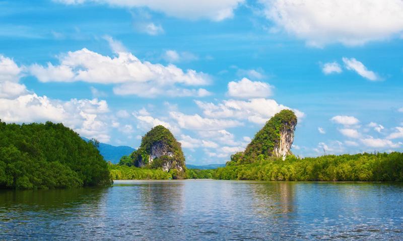 Горы Кхао Кханап Нам