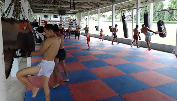 Тренировки Муай-тай и кикбоксинга в Таиланде
