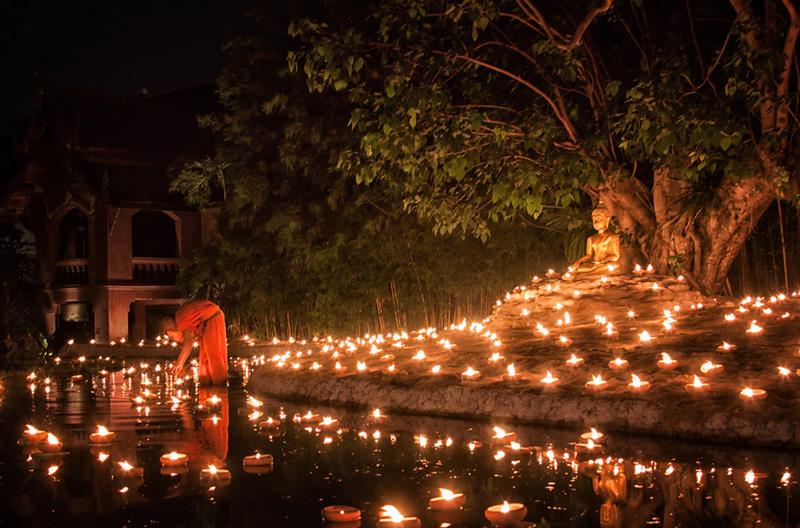 Весакха Пуджа в Таиланде