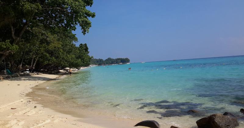 Koh Phi Phi (Laemtong Beach)