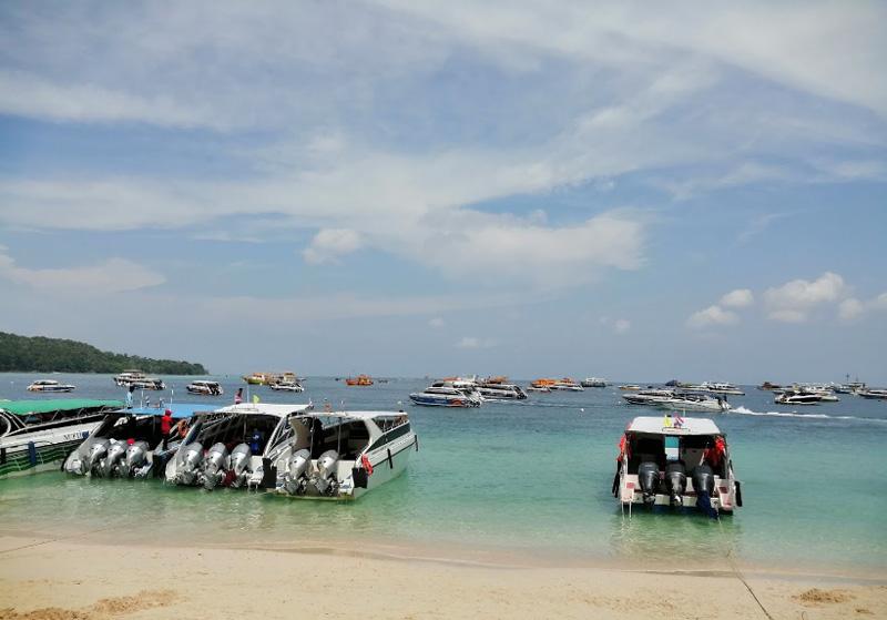 Пляж Тонсай остров Пхи Пхи Тайланд