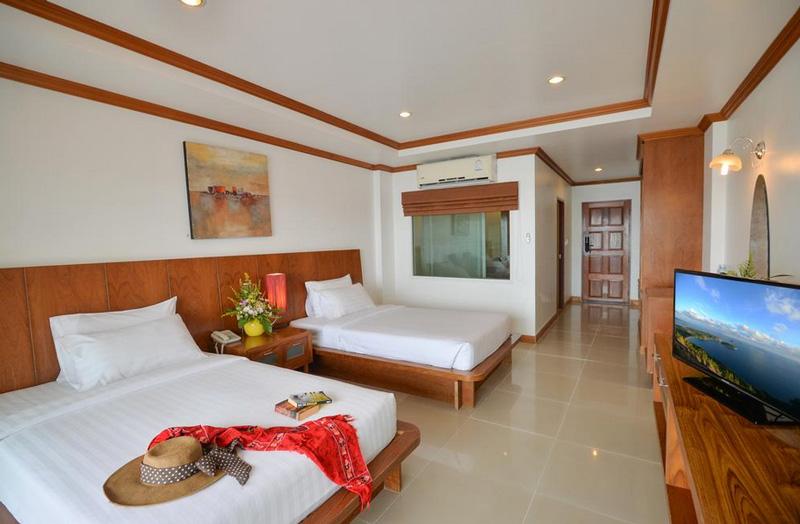 Улучшенный номер в Tri Trang Beach Resort 4*