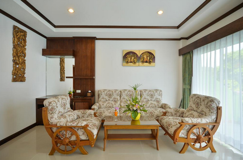 Номер люкс в Tri Trang Beach Resort 4*