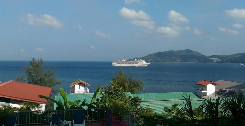 Виды на море с балконов