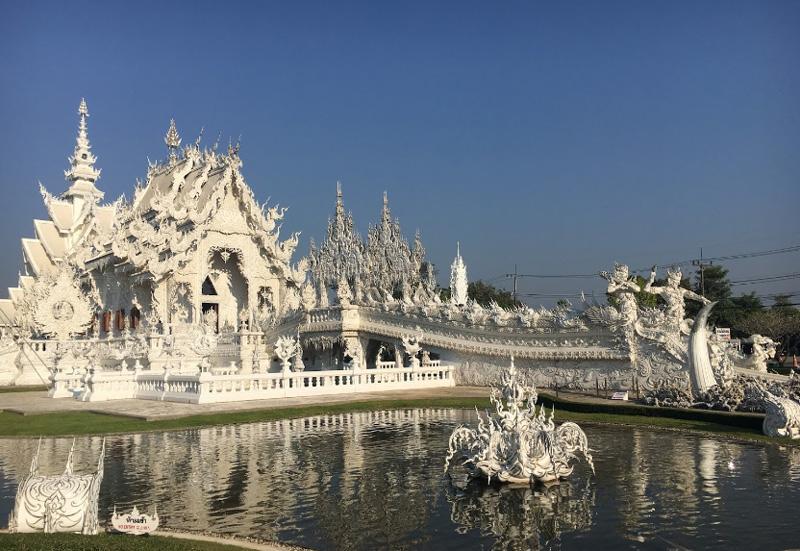 Архитектурный комплекс Белый храм в Таиланде
