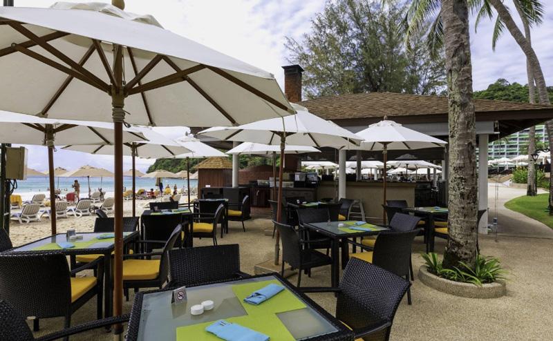 Рестораны на пляже в отеле ле меридиан пхукет