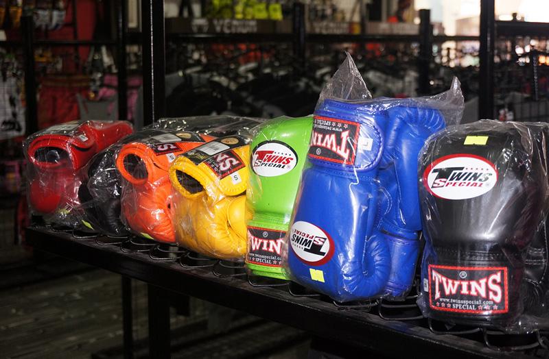 Как выбрать перчатки для тайского бокса
