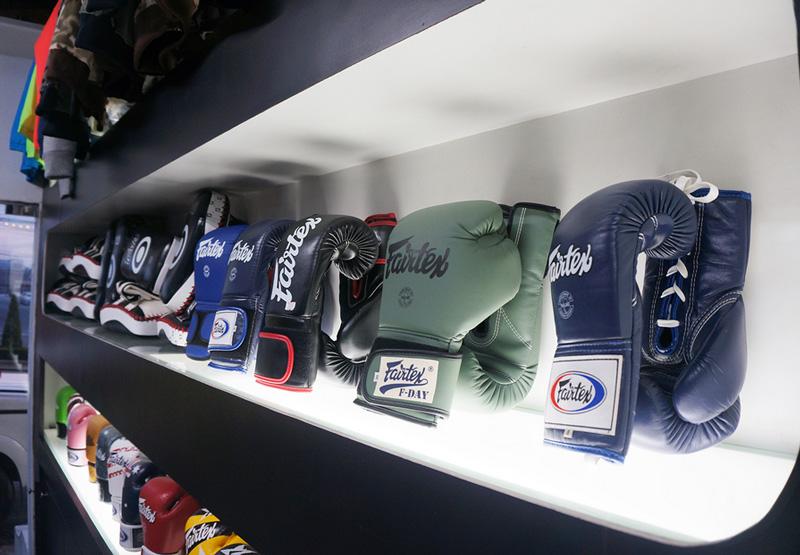 Где купить перчатки для муай тай