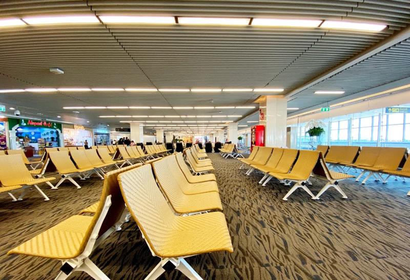 Зал вылета внутреннего терминала аэропорта Пхукет