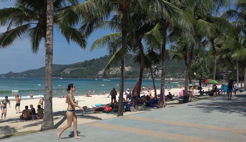 Пляж Патонг в феврале