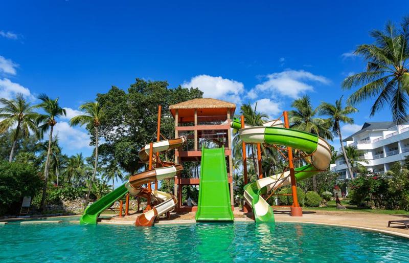 Территория отеля thavorn palm beach resort