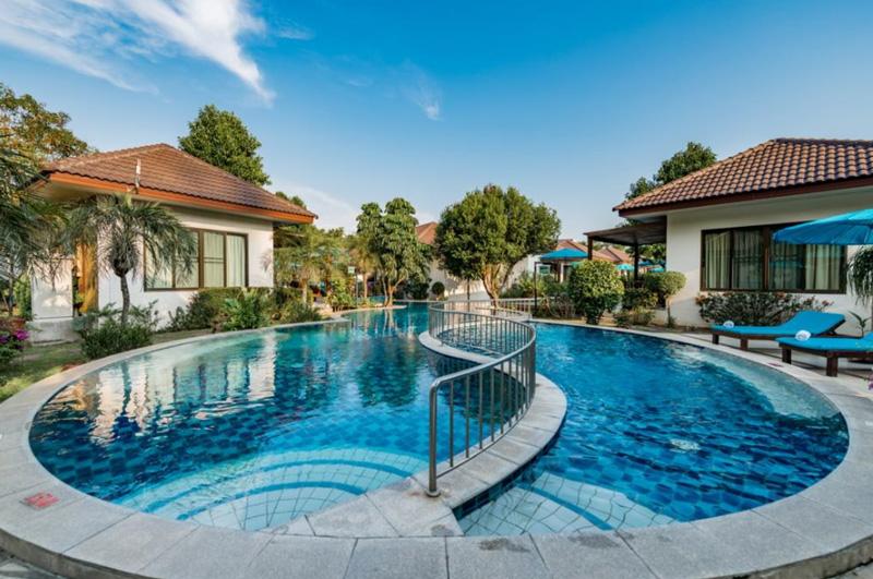 Pinnacle Grand Jomtien Resort Spa 4 звезды