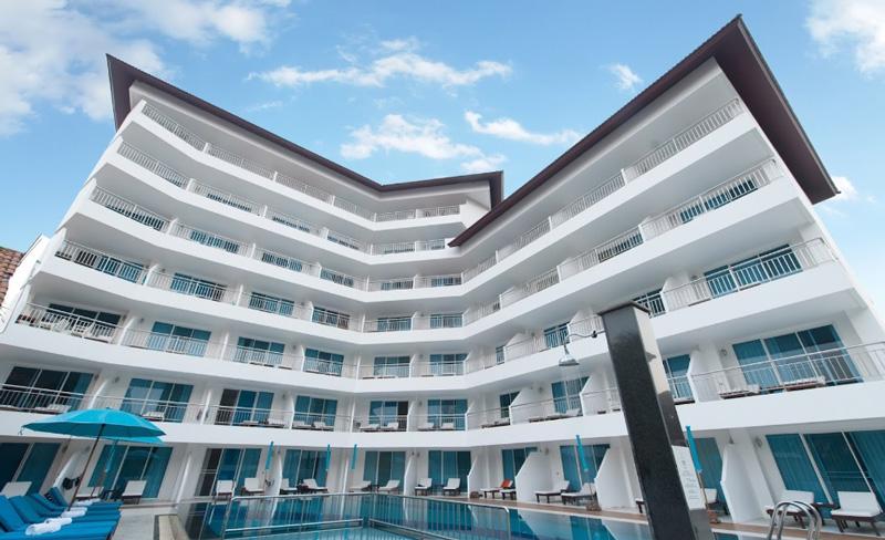 Отель Pinnacle Grand Jomtien Resort Spa 4