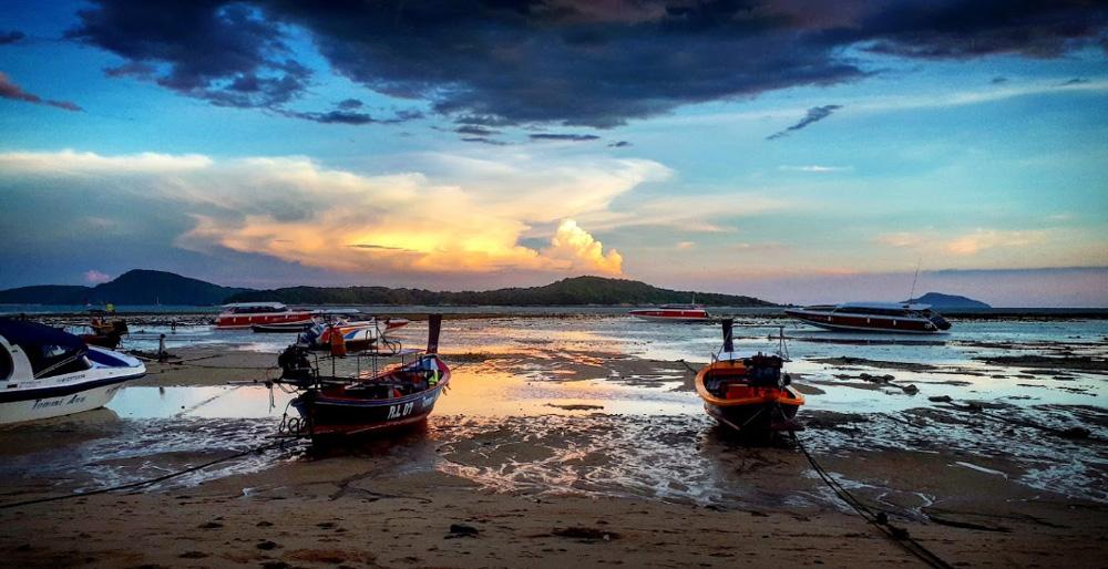 Пляж Раваи Пхукет